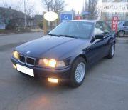 Синий Седан BMW 316 (БМВ 316) 1993 года.